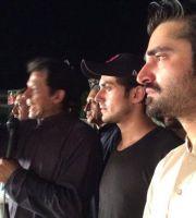 Imran Khan (PTI) , Bilal Lashari and Hamza Ali Abbasi at PTI Dharna
