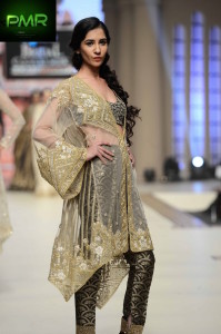 FarazMannan-Bridal-Couture-Week-2014-Lahore-Day-1-71