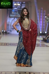 Umsha-By-Uzma-Baber-bridal-couture-week-2014-lahore-day-2-1-400x600