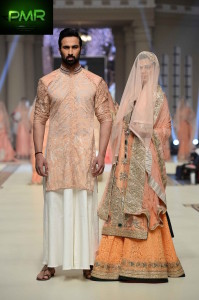 kuki-Concepts-Bridal-Couture-Week-2014-Lahore-Day-1-31