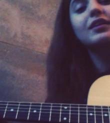 Momina Mustehsan – Saathiya (Instagram Live Video Cover)