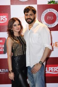 Adnan Husain & Wife  (853x1280)